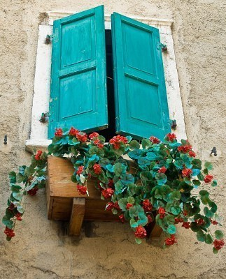abriendo-puertas:  Northern Italy. By Richard Manning