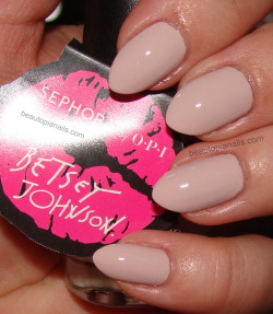 mmm mmm mmm. nothing sexier than a good nude polish. Betsey Johnson for Sephora by OPI, XOX Betsey.
