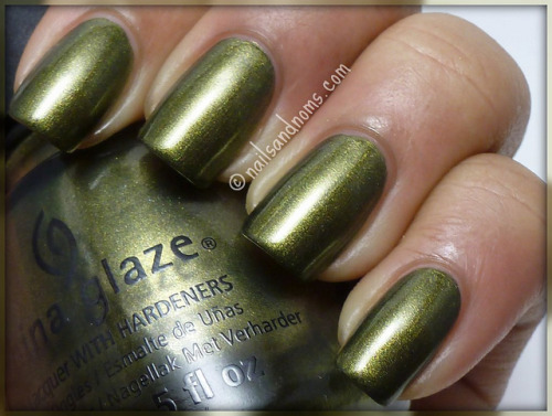 (via China Glaze Hunger Games Collection Swatches – Part 2)