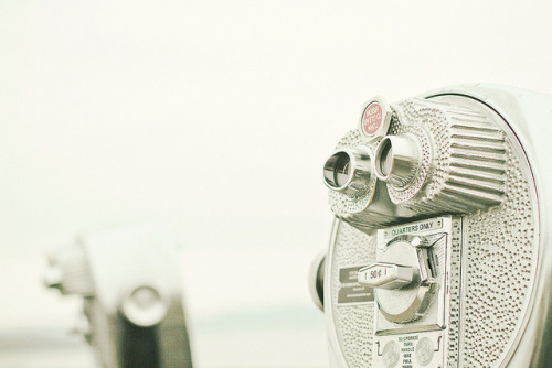 Coin-Operated Binoculars by JoyHey on Flickr.