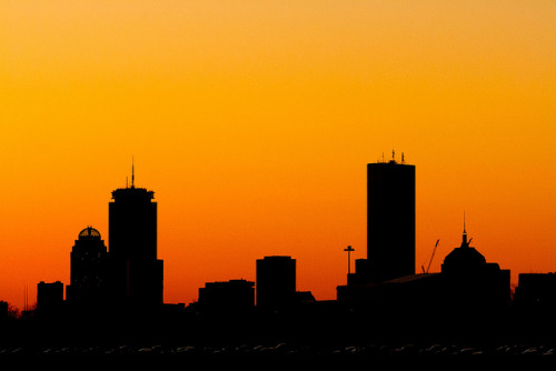 urbanthesia:  Boston skyline silouette. by mbergg on Flickr.