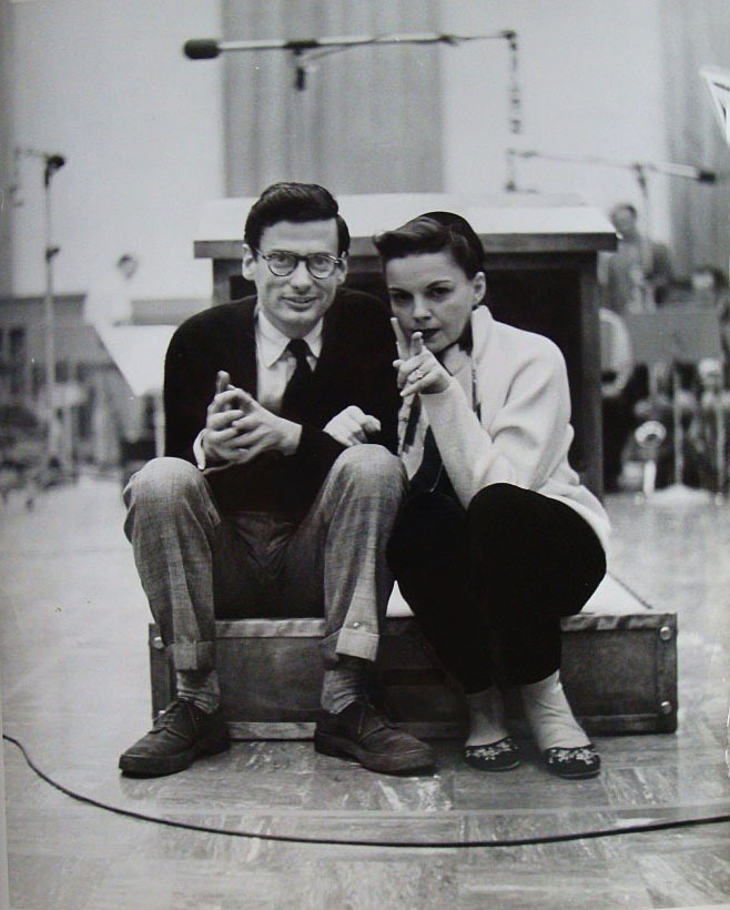 wehadfacesthen:  via ragtimeband:              Judy Garland and Richard Avedon, 1956