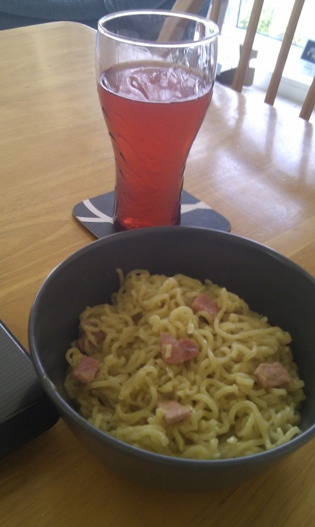 Chicken Super noodles with bacon pieces and Fanta Beach! Nom nomm!