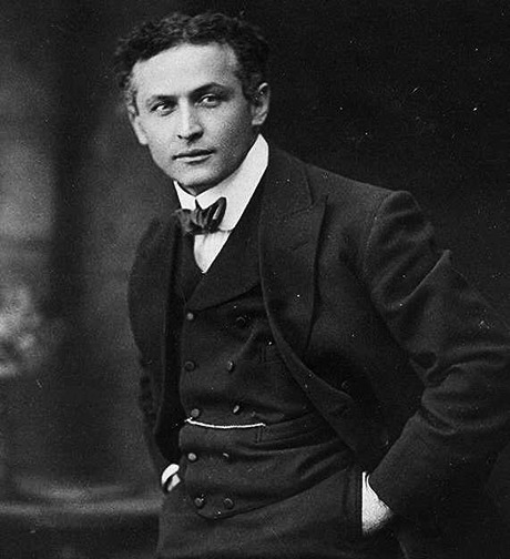 Harry Houdini born Erik Weisz on March 24, 1874. -todaystie