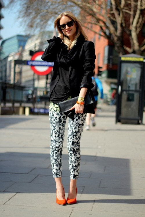 These pants need to be added to my wardrobe asap! what-do-i-wear:  Pants: H&M TrendBlazer: ZaraScarf: TopshopHeels: Nelly.comSunglasses: Ray-BanBracelets: Hermes & Topshop Clutch: Frenchonista (image: thefashionguitar)
