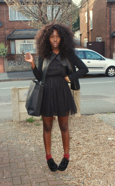 keltastrophe:  blackfashion:  dollsscrapbook  dream hair