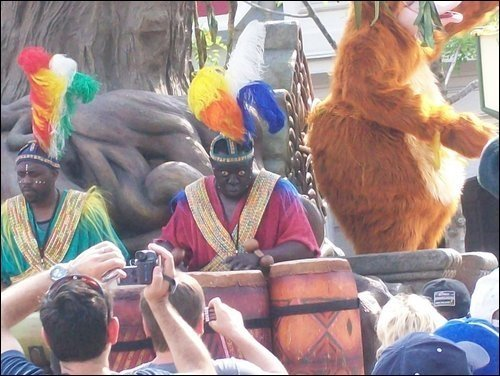 crystalmath:  the only photo i took of the disney parade  JESUS CHRIST HANGING OFF THE CROSS