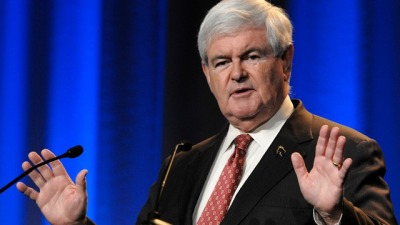 Gingrich Doesn't Address His Supporter's Assertion That Obama Is Muslim Via Gawker  Hey, Newt. Here's a note if you want to maintain some dignity next time. Snatch the microphone out of the bigot's hand and REFUTE untrue facts.