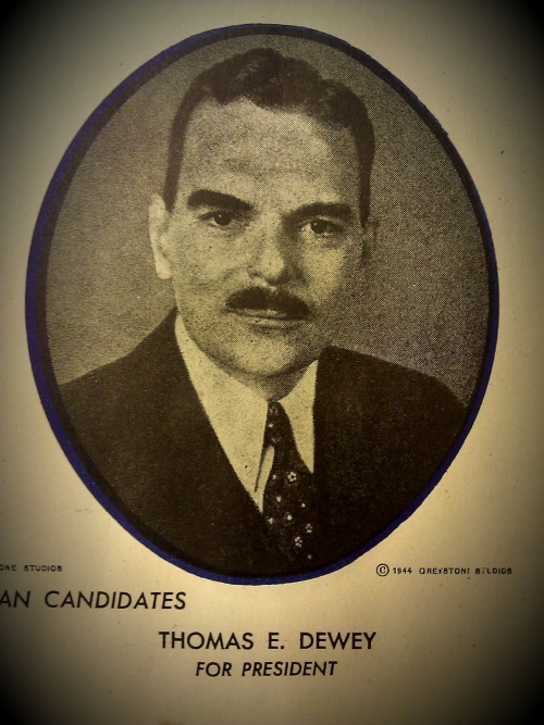 This presidential candidate from 1944 looks suspiciously like Howard Stark. Howard…do you have something to share with us? >:(