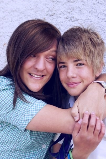 0cean-life:  a-ttitude:  dickflavor:  omg Ja'mie and Sebastian are the cutest couple.  omfg this is priceless  ahahaha 'i think hes the one'