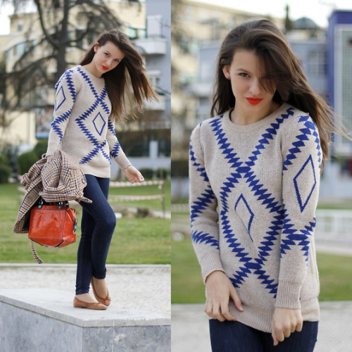 Such a casual and easy look. I adore this more preppy version of tribal print.