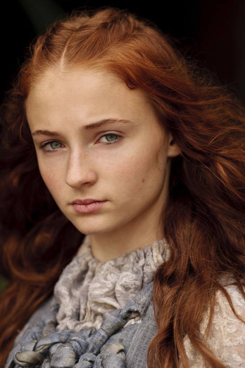 suicideblonde:  Sophie Turner as Sansa Stark
