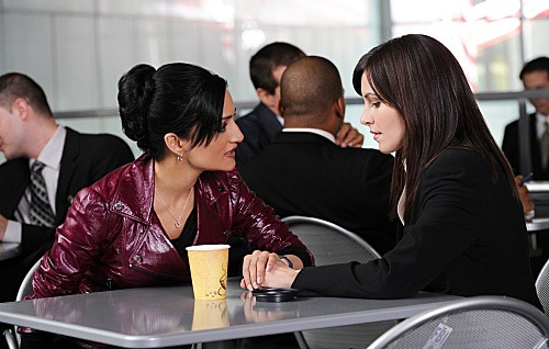 Jill Flint is back as Lana Delaney on The Good Wife tonight. Kalinda looks concerned.