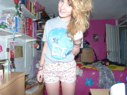 it's sunny and i have the most adorable shorts with cars on and an e.t top which is really cute and it feels like summer which is so nice i want to cry with happiness because summer makes me think of gower and my birthday x