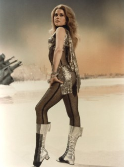 theswingingsixties:  Jane Fonda in 'Barbarella', 1968.   She looks like Adele