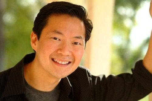 "Ken Jeong was definitely one of my inspirations when I started this blog. medicalstate, you rock! :D And of course, Ken Jeong does, too.  medicalstate:  Ken Jeong, MD. As a few friends and I discussed movies, the topic turned to the Hangover, parts one and two. As we laughed and talked about the more memorable scenes we remembered, one line stopped us in our tracks. ""Did you know that the actor who plays Leslie Chow is a doctor?""  No, I did not know that. In fact, most of us did not. We all sat there looking at each other, flabbergasted. An actor? A doctor? A real doctor played a doctor in Knocked Up? I immediately whipped out my phone and checked. Sure enough, there it was, right on his IMDb profile. A doctor of internal medicine. I was surprised. Not just because this little bit of movie trivia had escaped me all of these years but that a doctor walked the red carpet. It seemed such a dichotomy of ideas. After all, were we not taught to shy away from shedding light about your life beyond your profession? And yet, here was a doctor showing a different side of himself to the world, not burdened by the weight of a title or a white coat.  Then again, it would not be the first time I have seen a doctor shed his skin. With all of the talk from college and faculty alike about finding life balance and pursuing our own interests, had I not seen a doctor who moonlighted as both a yoga instructor and a stand-up comedian? So perhaps, I should not be so surprised. After all, we all have a life beyond medicine, and we all need room to grow. Perhaps, Dr. Jeong is merely a more visible manifestation of our pursuit for balance. Perhaps it was time we all started thinking outside the box, and broaden our gaze to the whole horizon. Dr. Ken Jeong, we salute you. Stay awesome."