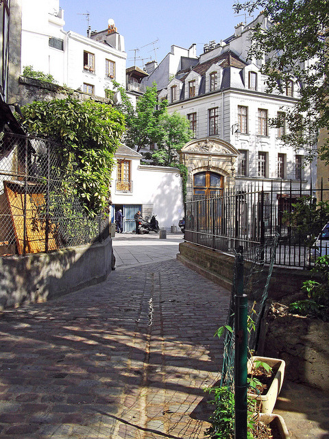 Alleys of Paris