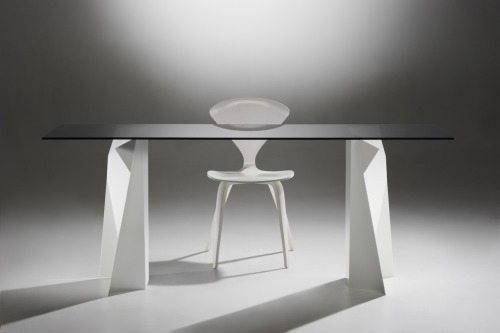 The Ben + Flo table comes in a range of colours for the base with 25mm marine ply with clear, 2-pack polyurethane finish OR 10mm toughened glass, clear OR smoke.Use as an office table or a small dining table, the choice is yours!! BASE COLOURSDulux powder-coatedMatt Black, White Satin and Berry Grey BASE MEASURMENTSW680mm x D235mm x H700mm TOP MEASUREMENTS1800mm x 600mm2000mm x 900mm2400mm x 1000mm