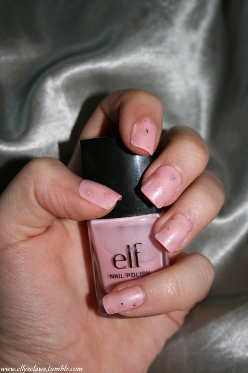 A lovely shade of E.L.F pink, with gold glitter polka dots. Perfect for interviews, or going for a nice meal. Like me on facebook: www.facebook.com/ellysclaws