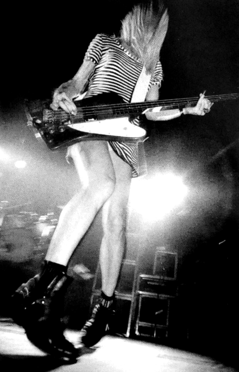 flowerscrackconcrete:  Kim Gordon (Ireland, 1991)