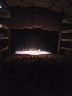 I'm at Straz Center for the Performing Arts! Bourdain! Ranting about vegetarians and Paula Dean http://4sq.com/cYeQWZ
