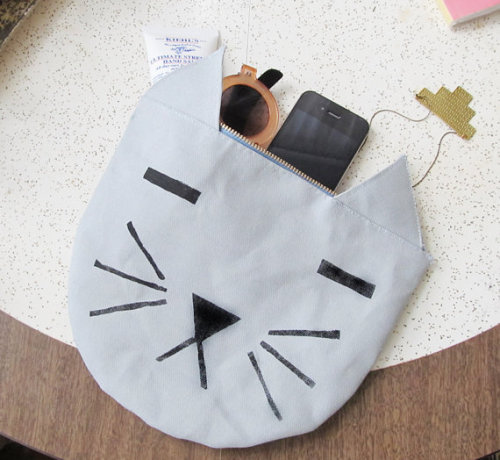 calivintage:  cat pouch carryall bag by fillitwithdiamonds on etsy.