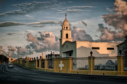 Road to Heaven…Habana, Cuba by Rey Cuba on Flickr.