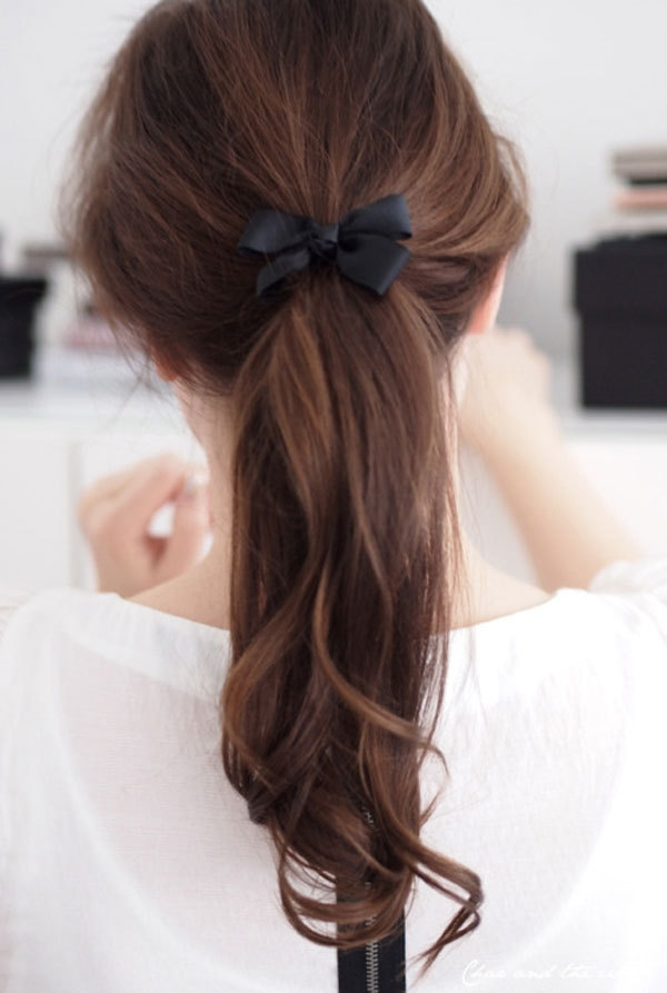 I need to get some ribbon to make my ponytails this pretty…