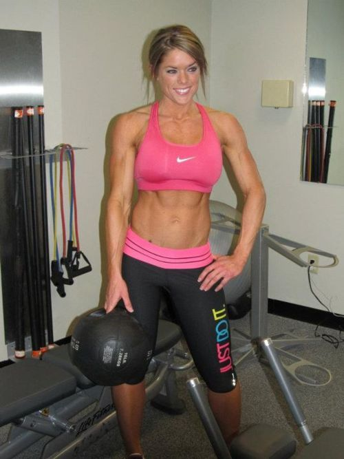 fithotmama:  barbellbunny:  love her leggings too!  Me too.