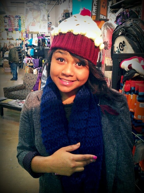 Whatchu thank about mah CUPCAKE BEANIE :D !!!!!!!!!!
