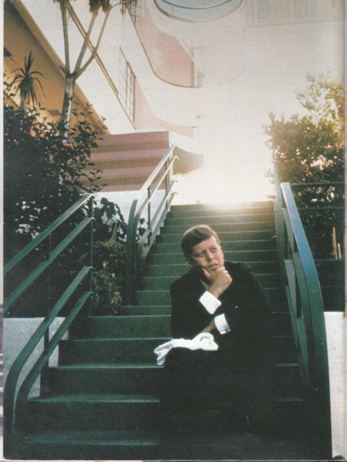 John Kennedy.i like him, & Marilyn Monroe got to tap that. ^