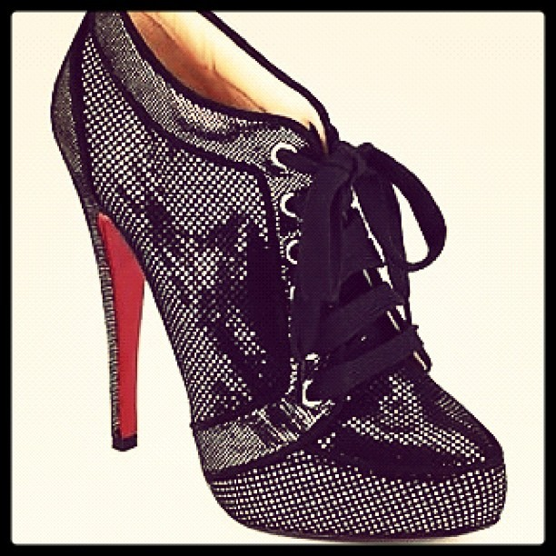 blairsanchez:  #shoes #love #fashion #unique #cute (Taken with instagram)