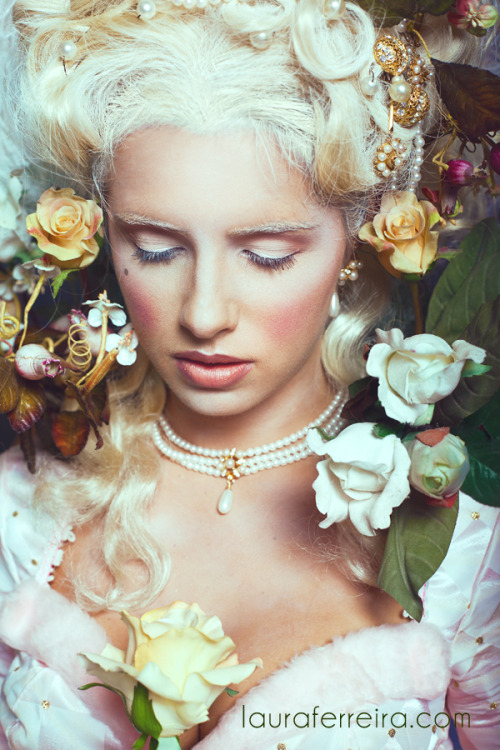 Marie Antoinette Photographer Laura Ferreira brings us this beautiful portrait filled with flowers. The combination of the white hair, white dress and the flowers give it a very calm feeling. Model: Sarah Jane Waddell Make-up Artist: Gianna Barcant Hair: Emily Quesnel (via dA: Marie Antoinette II by ~SamuraiChopstick)
