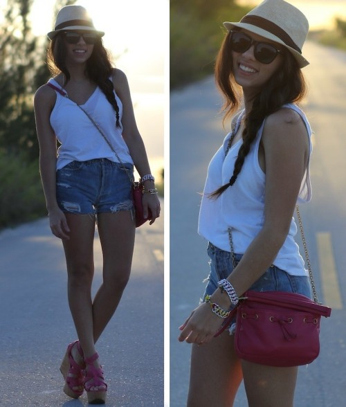 Beach tan! (by Daniela Ramirez)