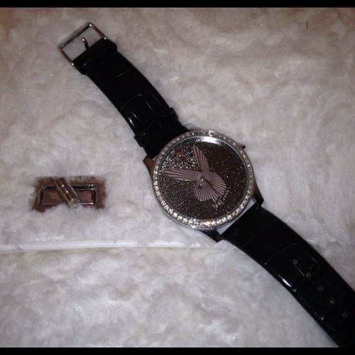 PLAYBOY watch 15pounds or swapclothing #england #playboy #accesories #watch #bunny #sparkles #bag #handbag #black #leather #buynow #sale #forsale #london #clothingswap #fashiolista #fashion #instagram #clothingswap  (Taken with instagram)