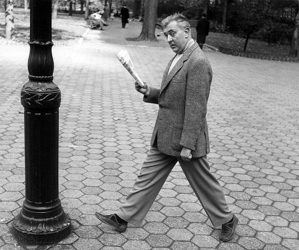 tisntat:  Bob Willoughby Jacques Tati, New York City, 1954
