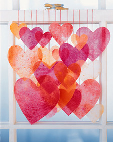 inaforeignland:  Pretty crayon hearts by good ol' Martha.