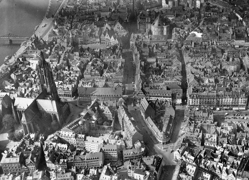 romantisme1812:  Frankfurt, Germany (1942).