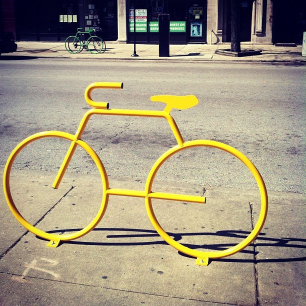 #iphoneonly #bikes #bicycle #chicago (Taken with instagram)