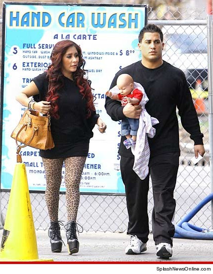Snooki has successfully managed to go 4 whole days without misplacing or damaging her plastic infant training doll.