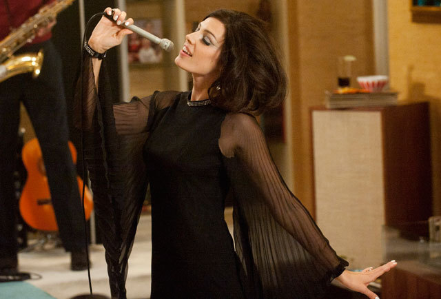 vanityfair:  Zou bisou bisou! ASME-winning culture critic James Wolcott recaps Mad Men's season-five premiere, here.