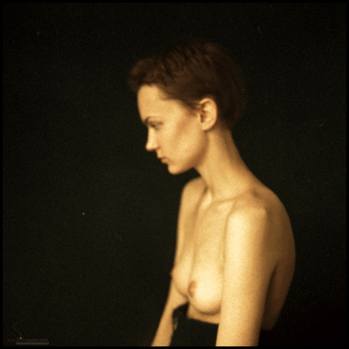 Beautiful portrait photography by Russian photographer Alexandra Kirievskaya.
