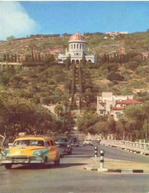 caffeinated-butterfly:  Haifa city , Palestine - 1953
