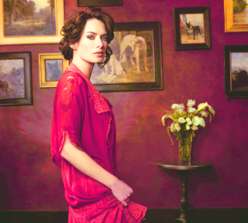 Portrait of Lena Headey by Julie Dennis Brothers.