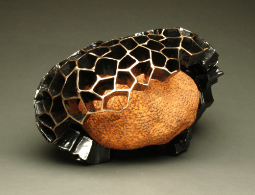 Steve Belz: Pulse, 2011, Ceramic, glaze, bronze and powder coating, 9H x 14W x 10D inches