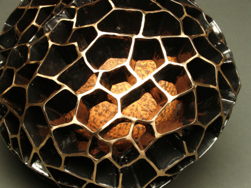 ceramicsnow:  Steve Belz: Pulse (detail), 2011, Ceramic, glaze, bronze and powder coating, 9H x 14W x 10D inches