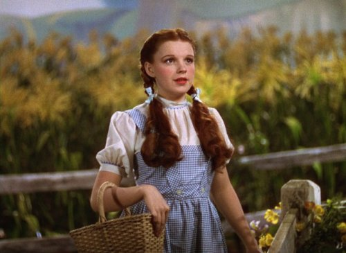 "Judy Garland in ""The Wizard of Oz"" (1939)"