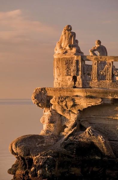 valscrapbook:  attolences: Stone Barge at Vizcaya, Spain