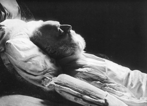 missfolly:  Felix Nadar: Victor Hugo on his Deathbed, Paris, 23 May 1885