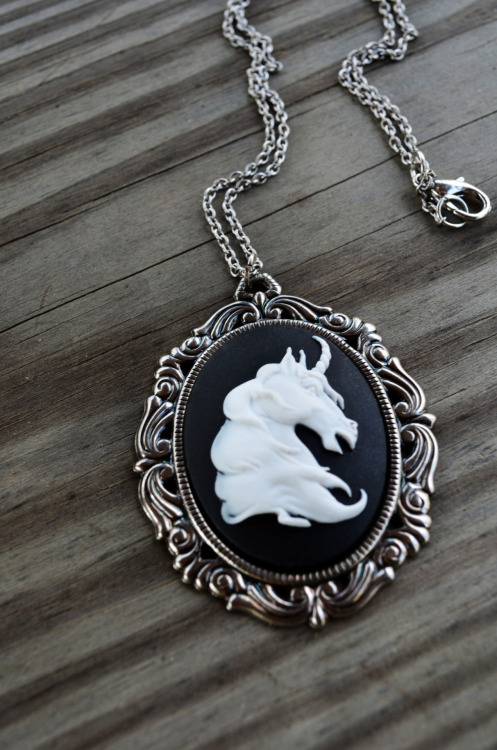 cynicalredhead:  Unicorn Necklace by Cynical Redhead on Etsy